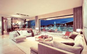 City apartment custom living room design